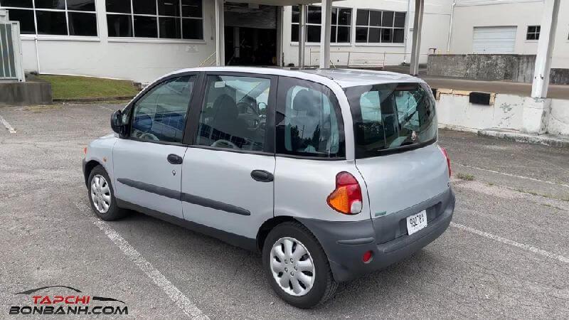 """Fiat Multipla- mẫu xe gia đình được coi là """"ông hoàng"""" của sự kì lạ và xấu xí"""